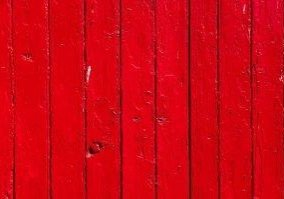 red-4621853_640